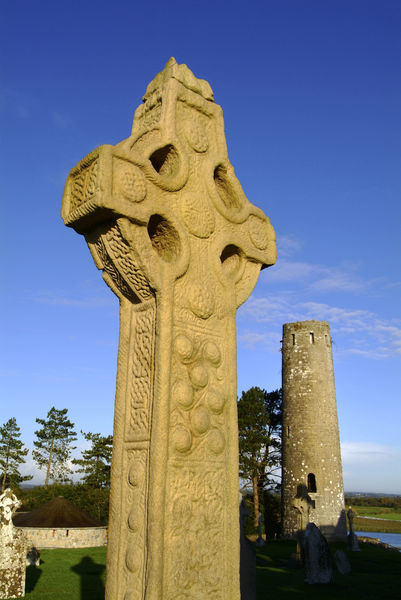 Celtic cross clonmacnoise