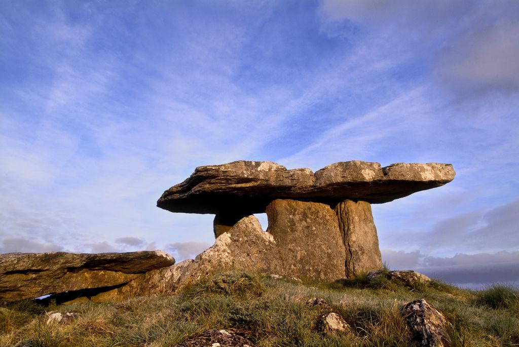 Poulbnabrone Dolmen, Clare