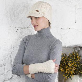 Aran Brooklyn Peak Hat & Handwarmers