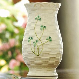 Belleek Irish Pottery Kylemore Vase