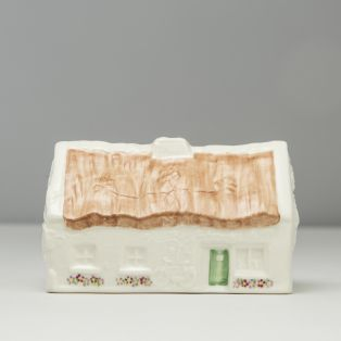 Belleek Quiet Man Cottage Limited Edition