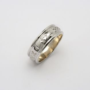 Gents 14K Gold Corrib Claddagh Band