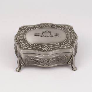 Mullingar Pewter Antique Claddagh Jewelry Box