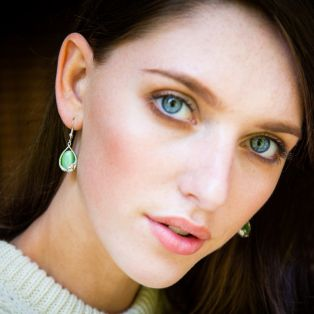 Celtic Rhodium Green Cats Eye Irish Claddagh Earrings