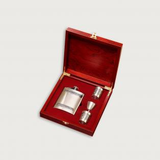 Personalized Hip Flask and Shot Glasses Set in Box