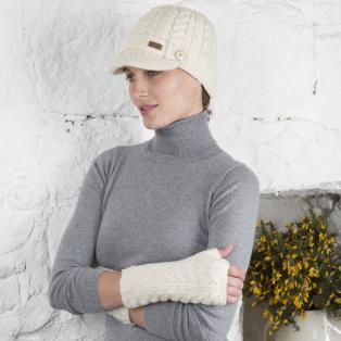 Aran Brooklyn Peak Hat & Handwarmers