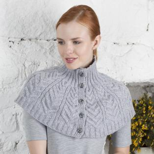 Merino Cabled Capelet