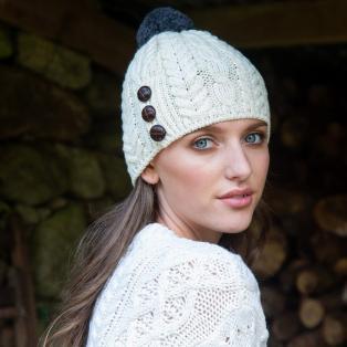 Pom Pom Aran Hat