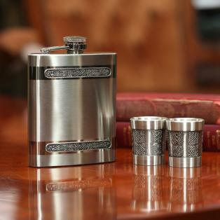 Mullingar Pewter Hip Flask and Shot Glasses