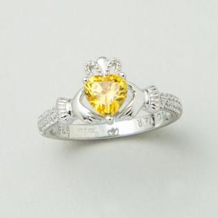 The Claddagh Birthstone Ring November