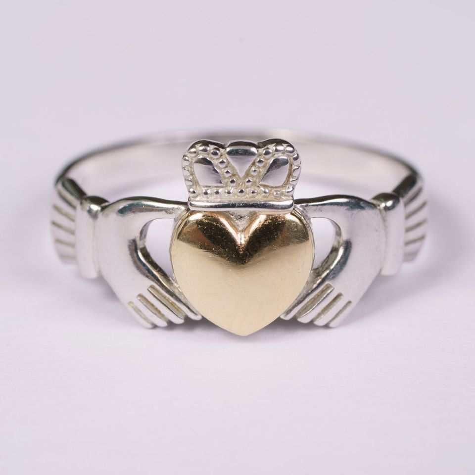 Celtic jewelry Claddagh ring