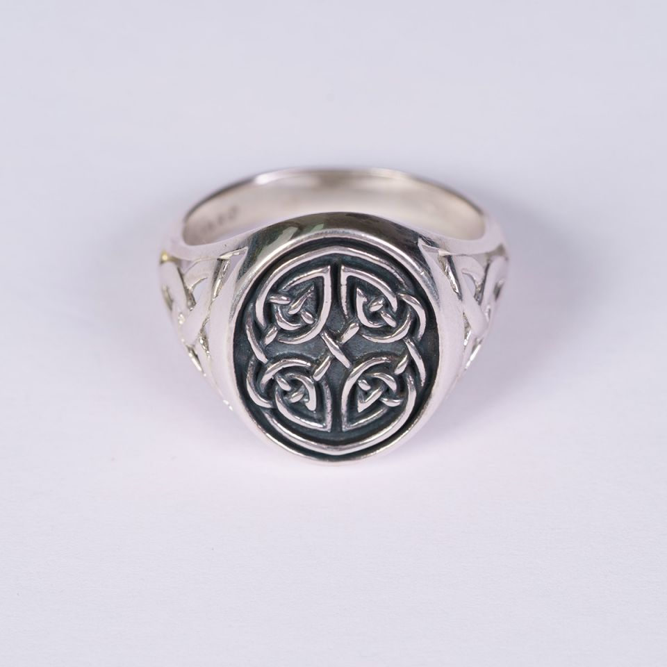 Celtic jewelry Gents Celtic Signet Ring