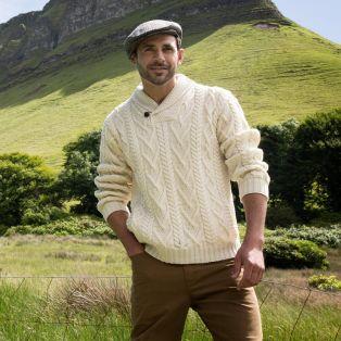 Stylish Men's V-Neck One Button Aran Sweater